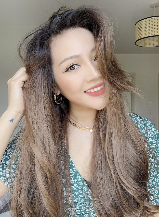 Brown color easy wavy long hairstyles