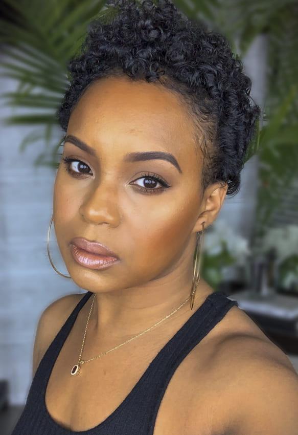 Short pixiie black women curly hairstyles