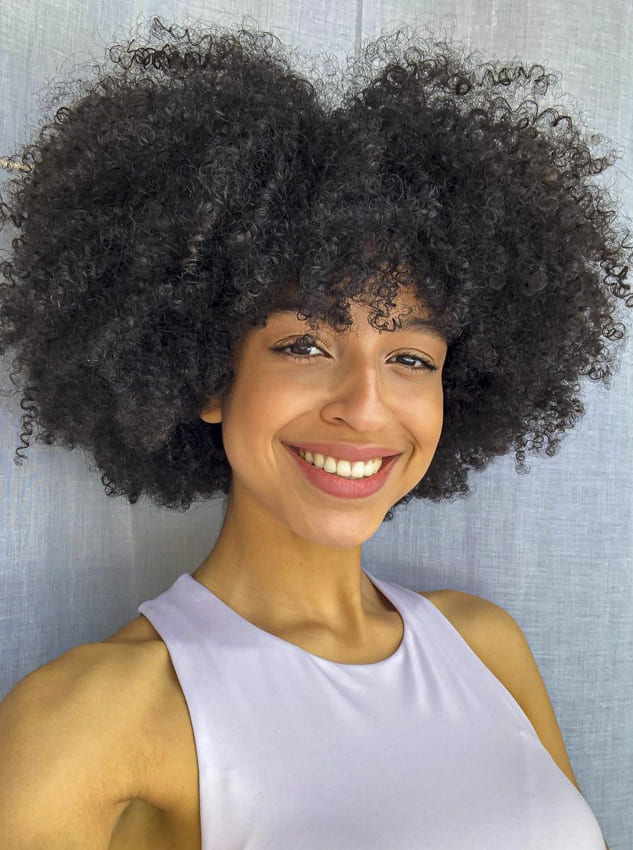 blacck women short curly hairstyles with bangs