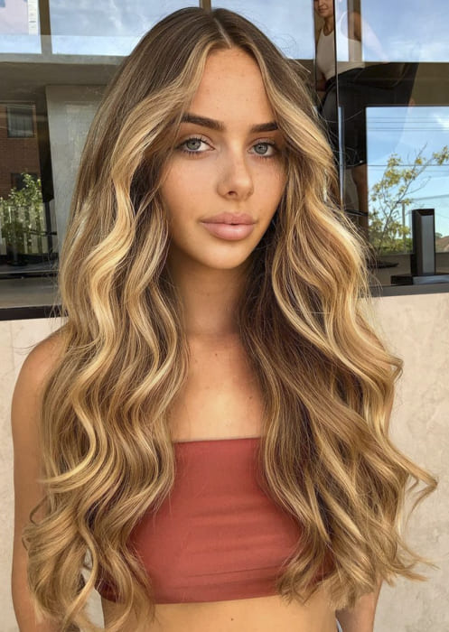 Blonde ombre long wavy hairstyles