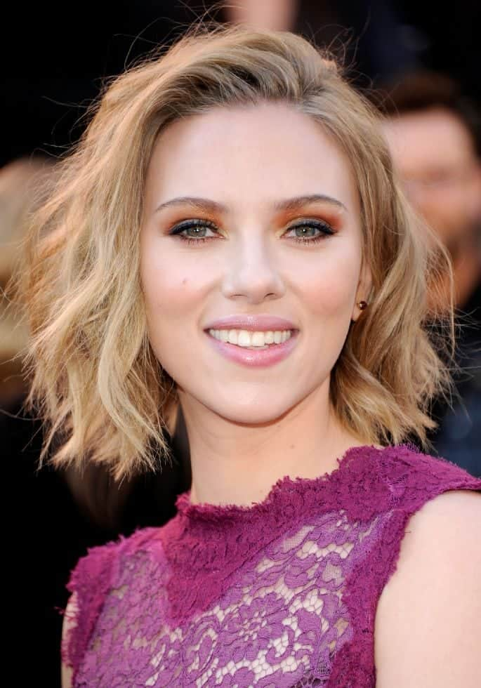 Scarlett Johansson Short Stylish hairstyles
