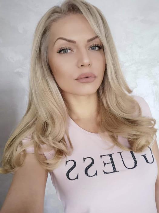 Long blonde bangs hairstyles