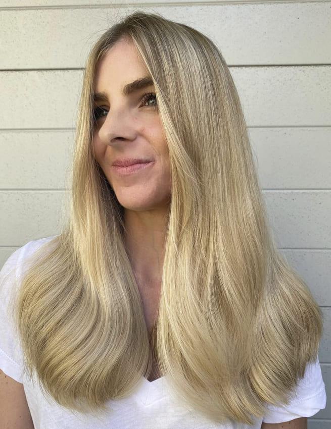 Long blonde layered wavy hairstyles