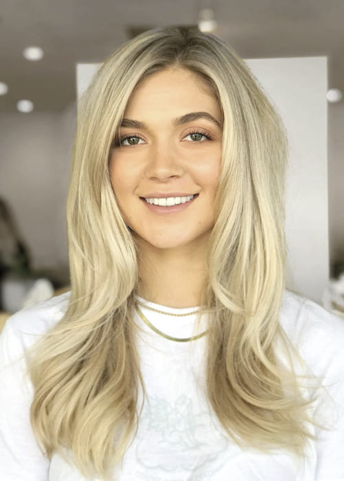 Long wavy blonde hairstyles