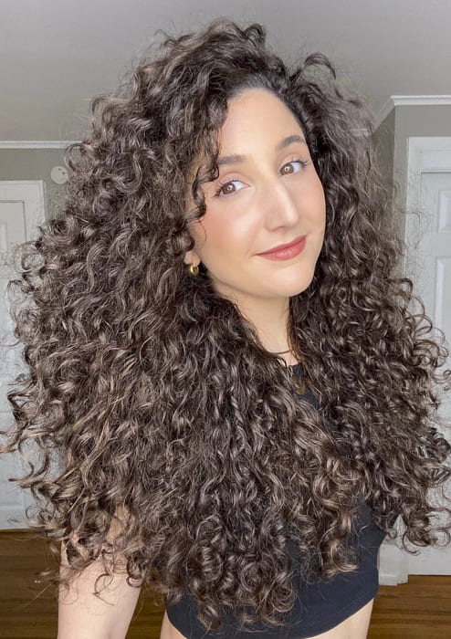 Powered long curly hairstyles for ladies