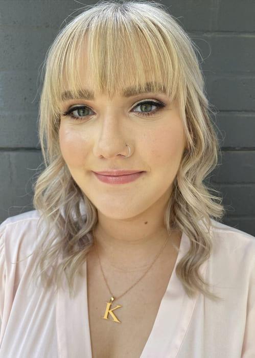 Short blonde bridesmaid hairstyles with bangs