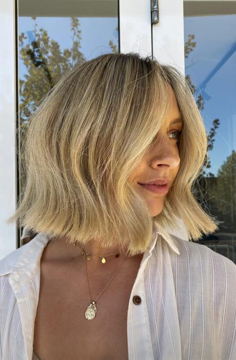 Straight layered short bob blonde hairstyles