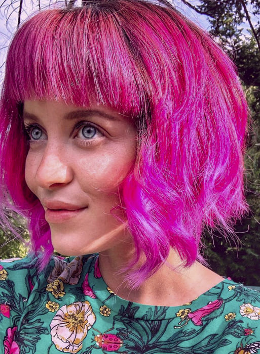 Pink bob messy hairstyles for short hair