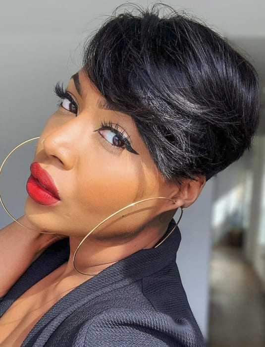 Short and side bangs hairstyles for black women