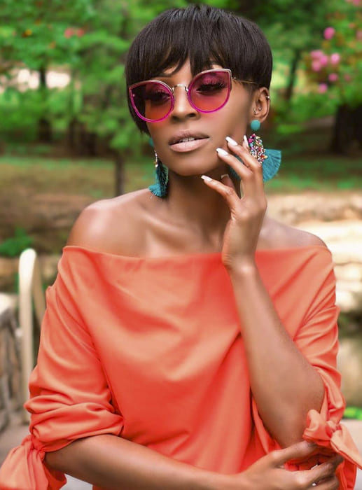 Short special days and straight hairstyles for black women