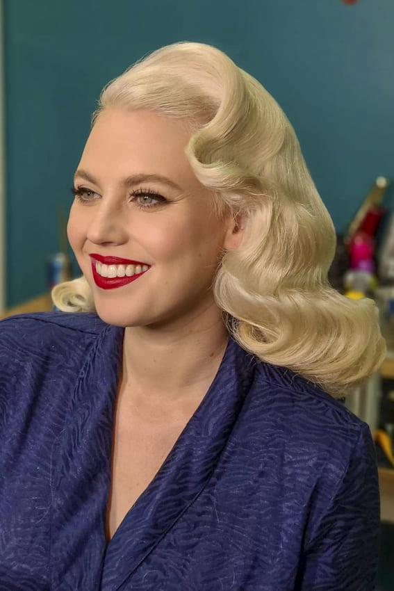 Cute blonde vintage hairstyles