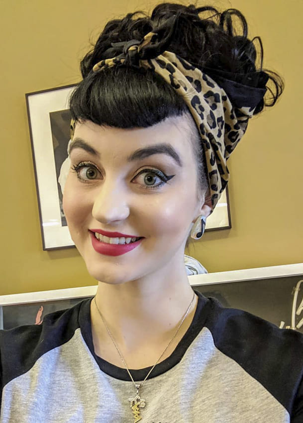 Long updo vintage hairstyles with bangs