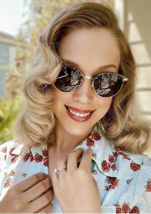 Medium layered blonde vintage hair