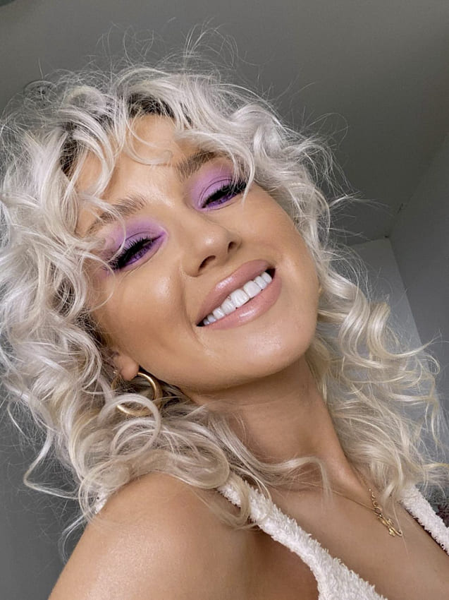 Platinum blonde short hairstyles for fine hair