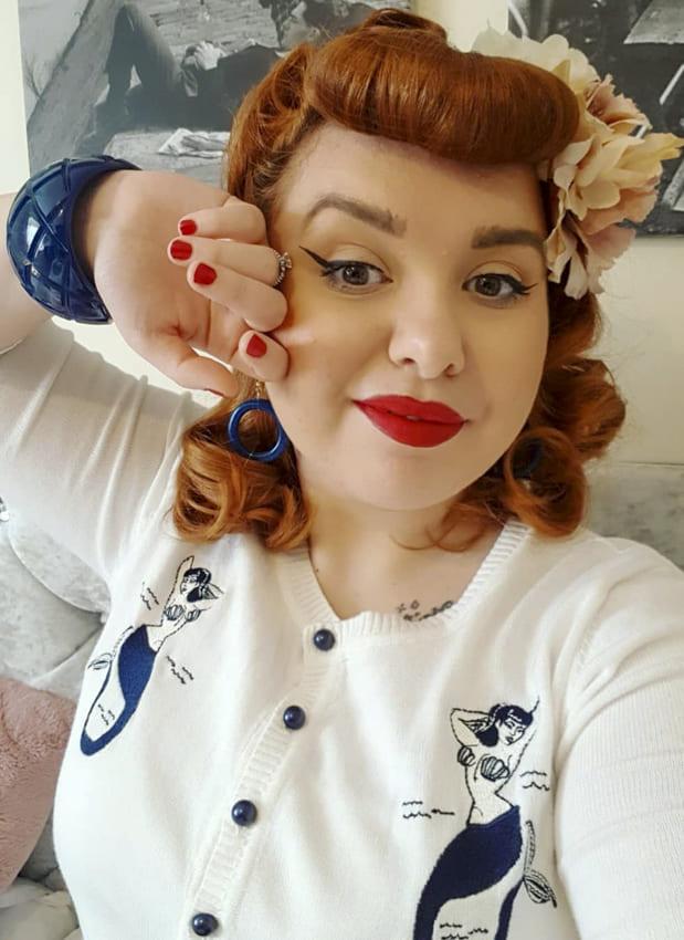 Red medium vintage hairstyles over 40