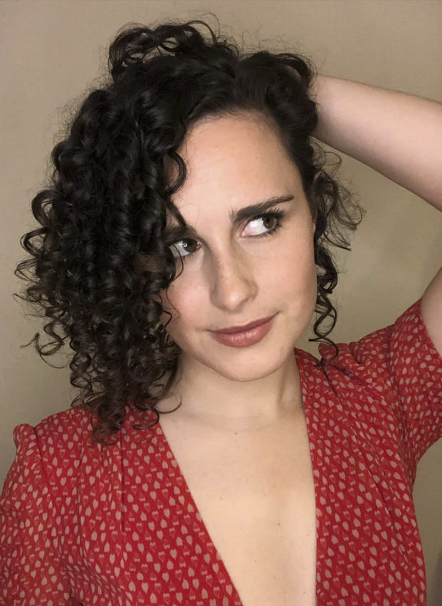Side bangs curly short hairstyles for fine hair
