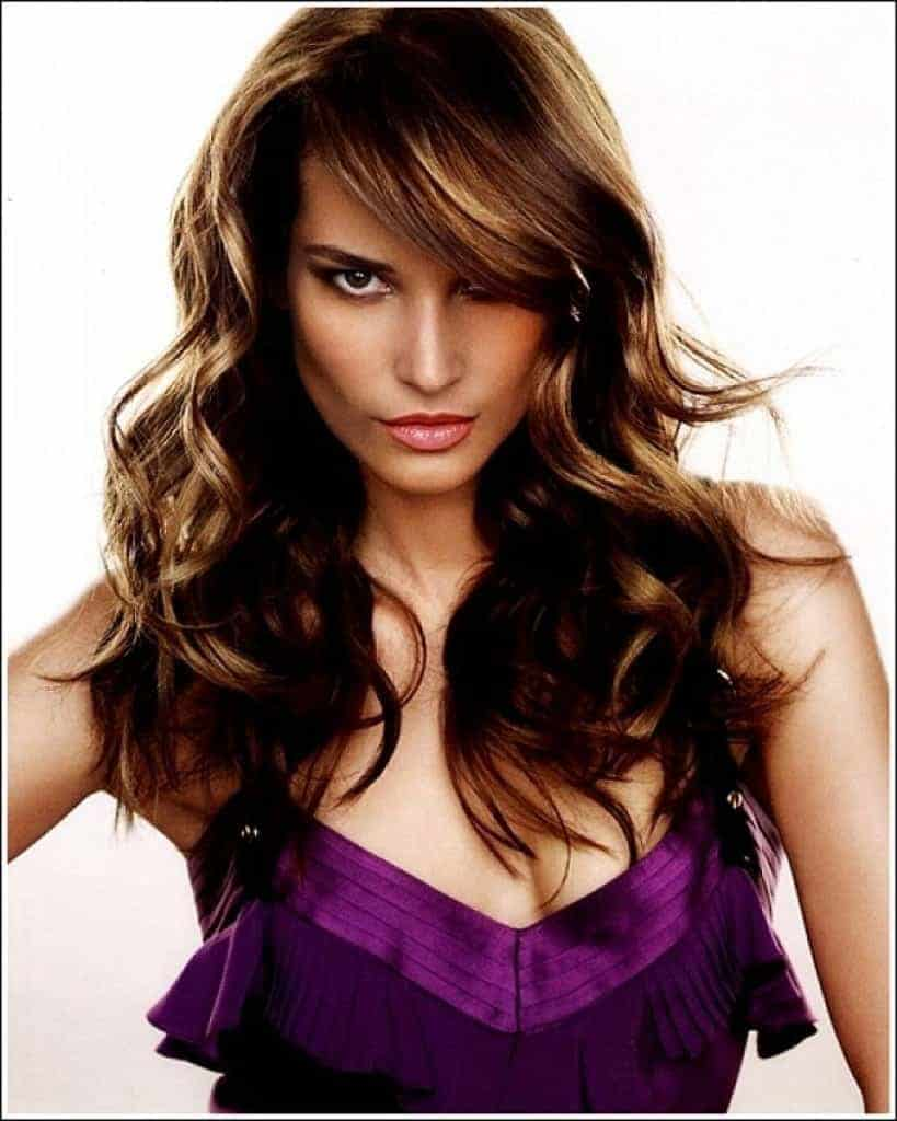 This Year Most Sexy Wavy Hairstyles With Bangs Womenstyle