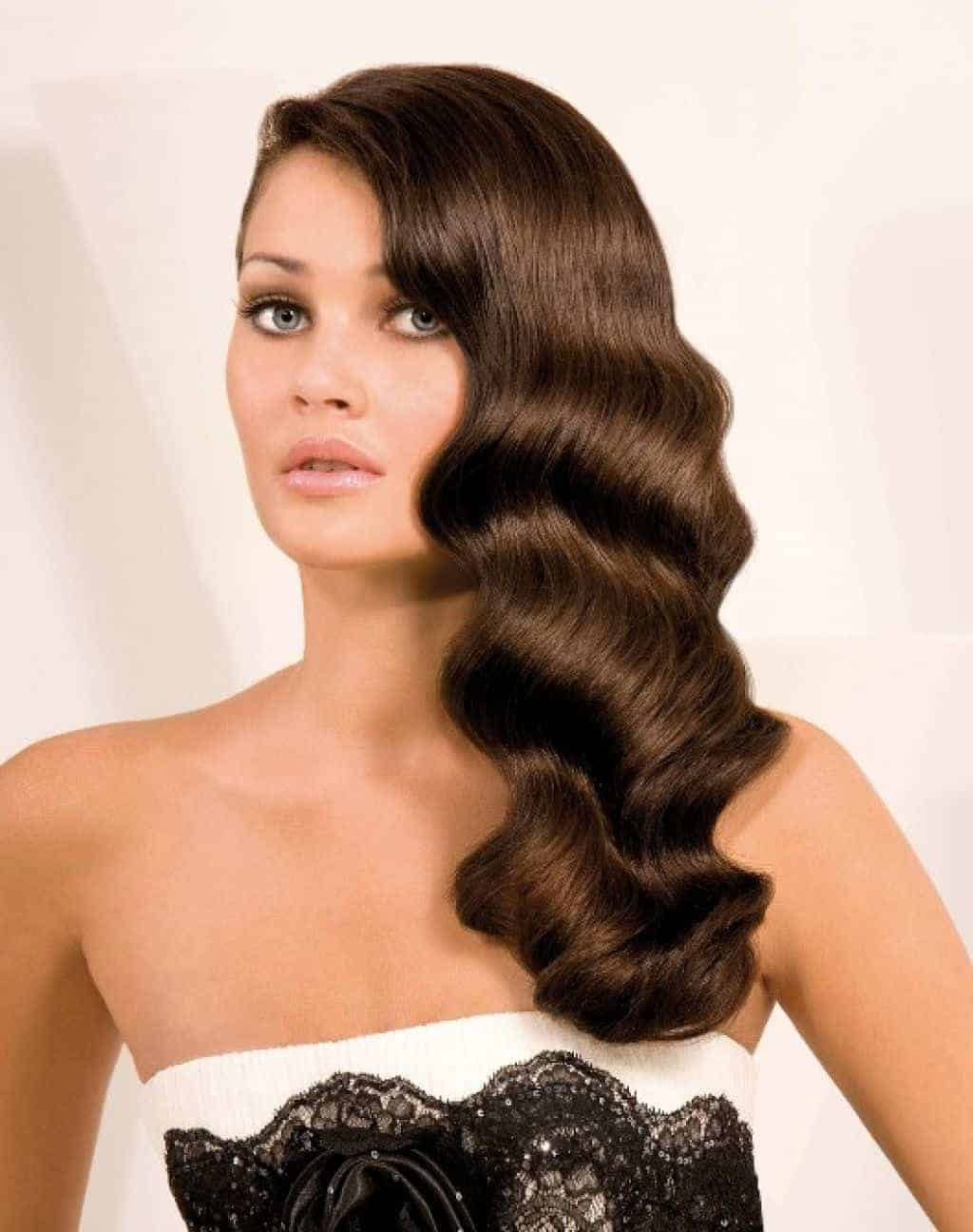 Vintage hairstyles for long hair and brown color