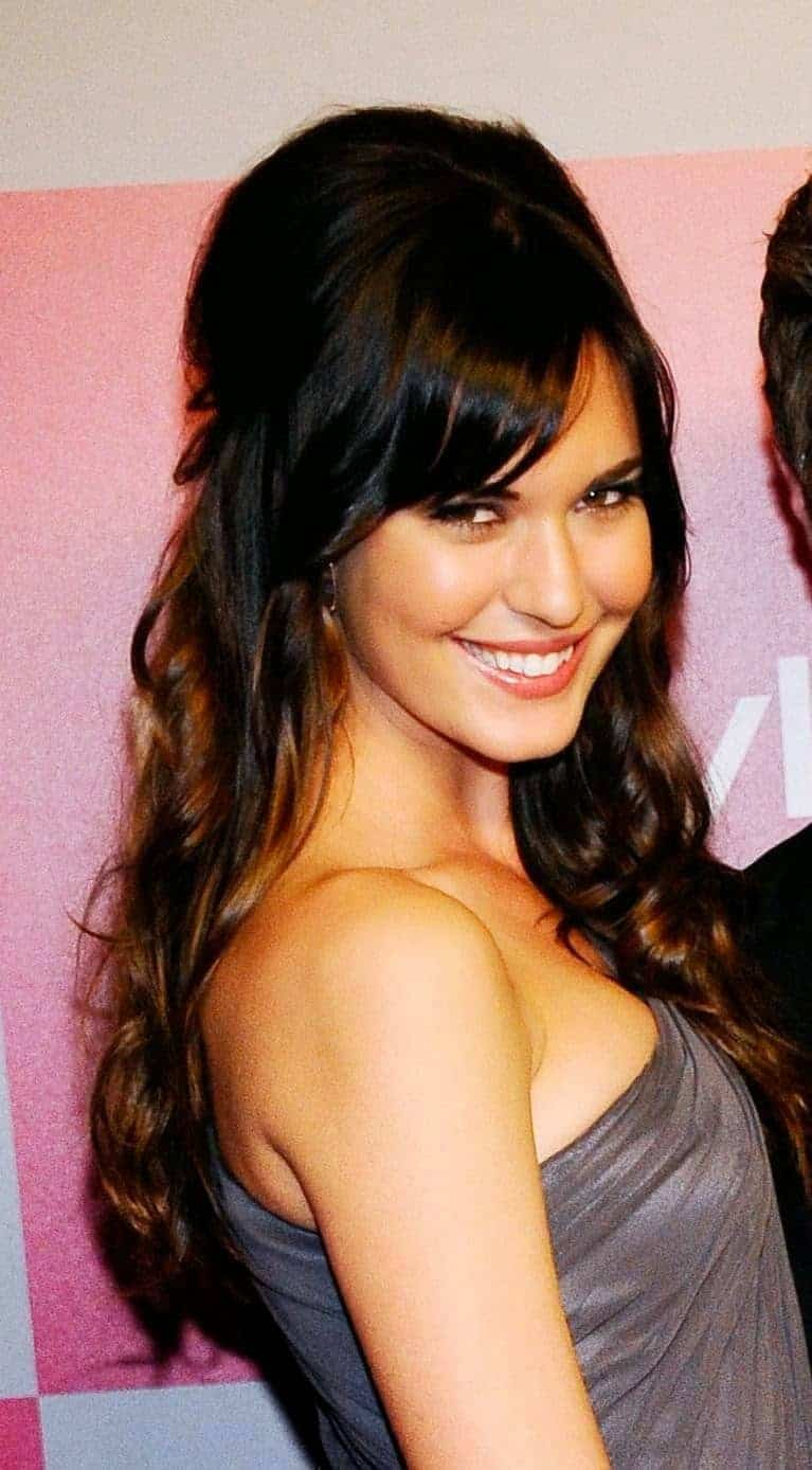 side-fringe-hairstyles-for-long-hair-2015