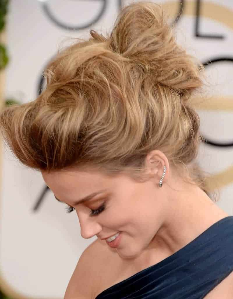 Bun messy hairstyles for beautiful ladies