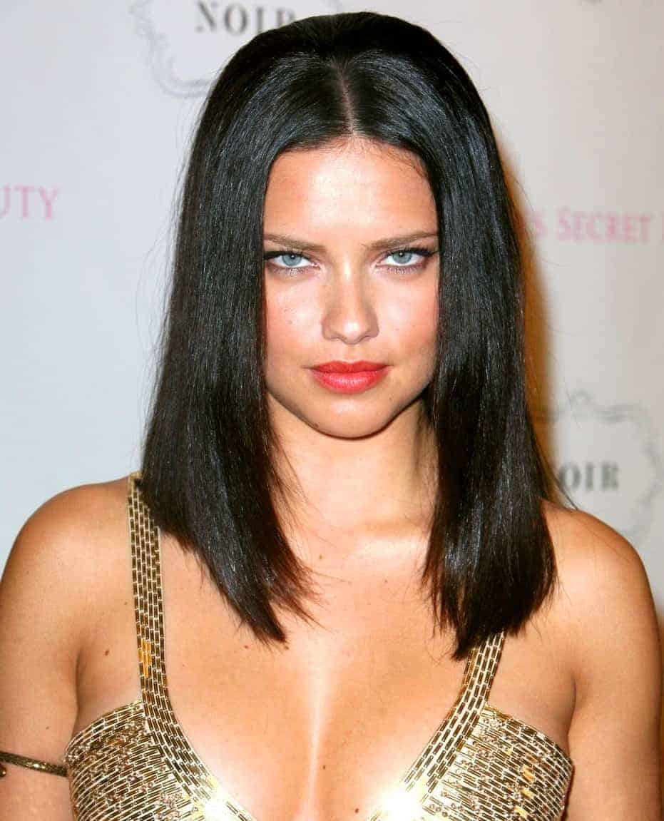 Adriana lima mediuam hairstyles with sexy look