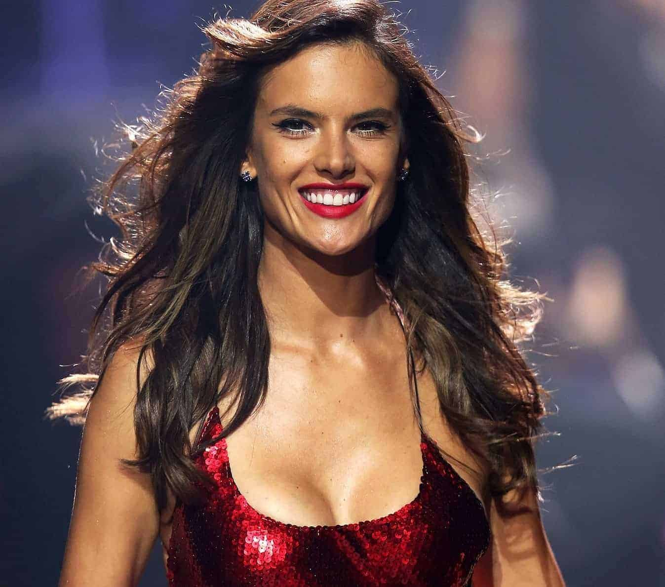 alessandra ambrosio cocktail dresses red color