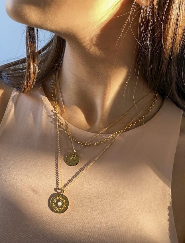 18k gold necklace (2)