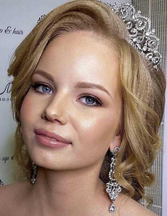 Bridal makeup Tutorial (1)