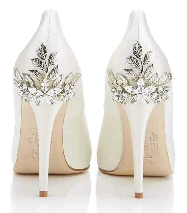 wedding shoes with leafs