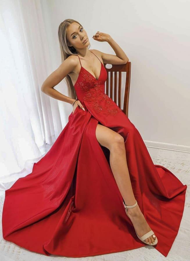 24 Elegant Formal dresses for women 2021 (2)