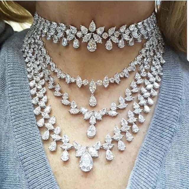 exaggerated diamond necklace designs.