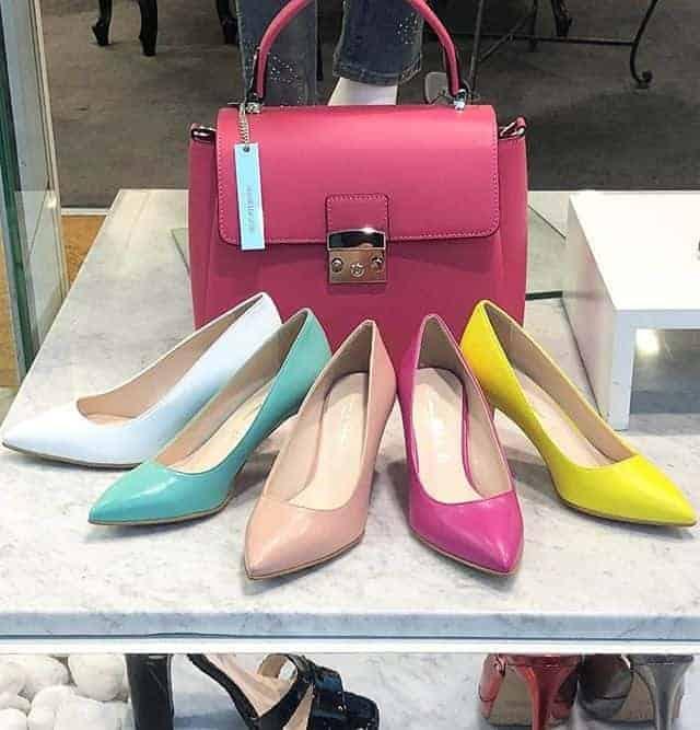 Dark pink handbag and matching shoes