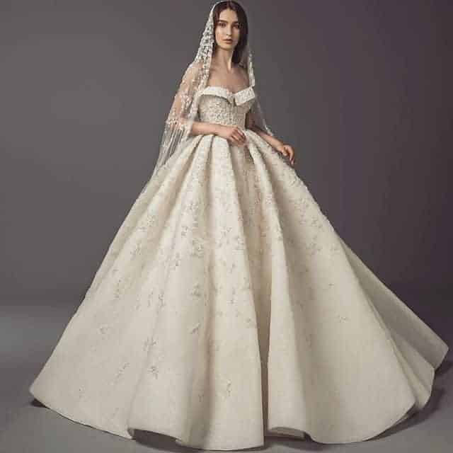 Wide skirt bridal models.