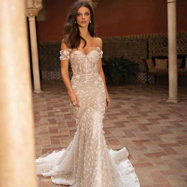 Narrow and Lace wedding dress.