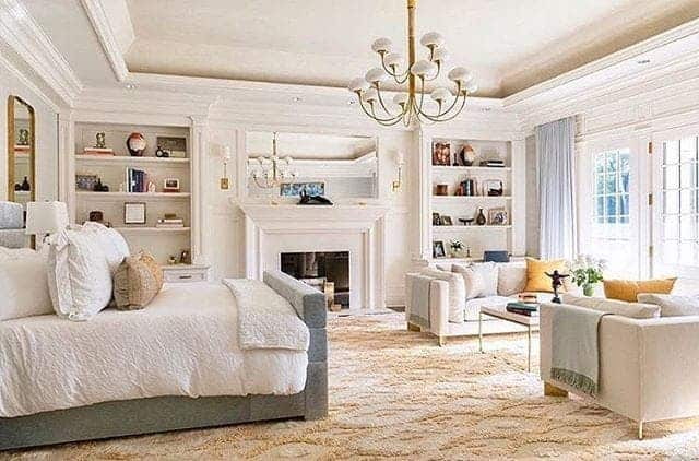Rich and stylish bedroom design