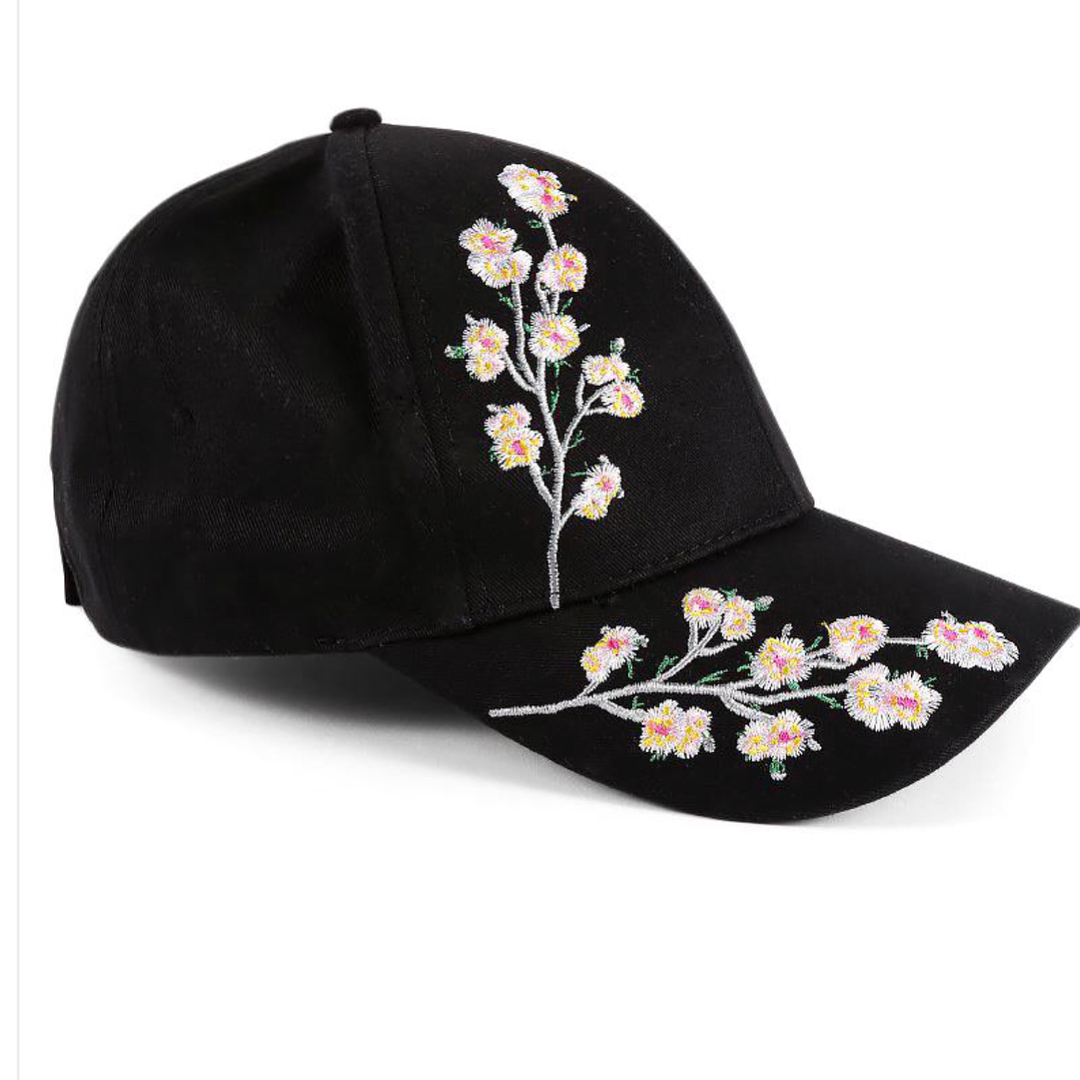 Flower embroidered baseball caps for Women