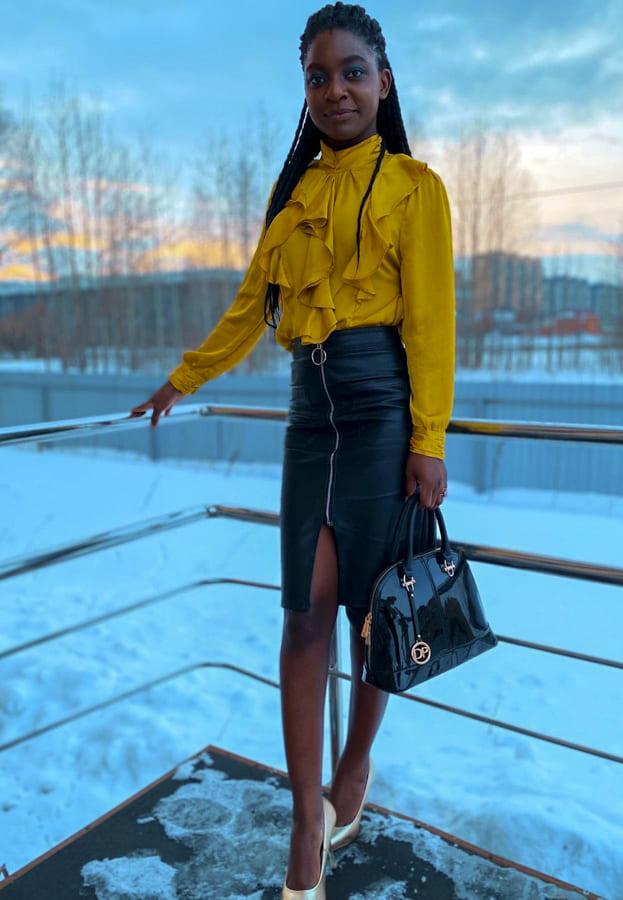 black leather skirt (2)