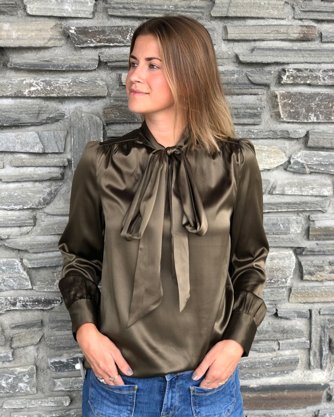 Dark green, foulard silk blouse