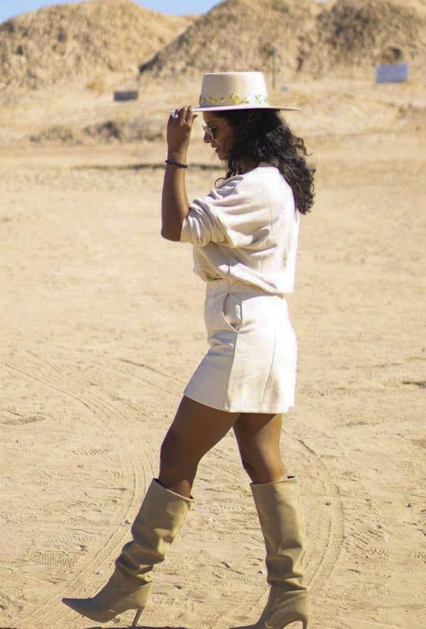 white leather skirt (2)