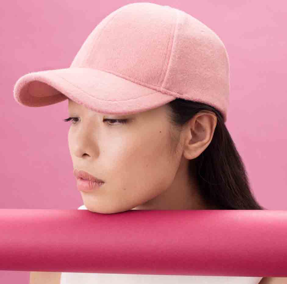 stylish-baseball-caps-for-women