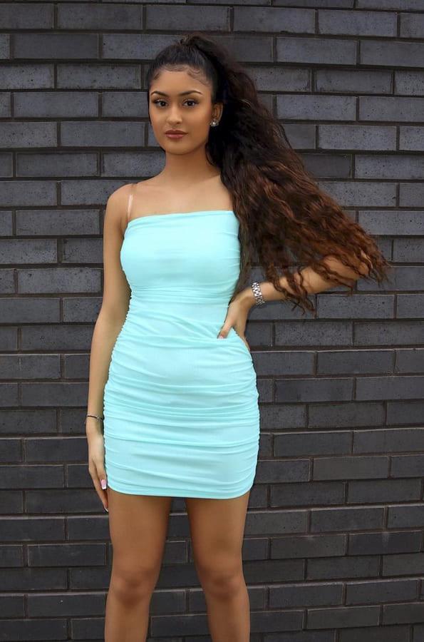 Turquoise dresses (1)