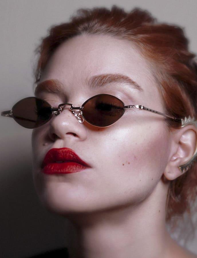 Glamour retro sunglasses