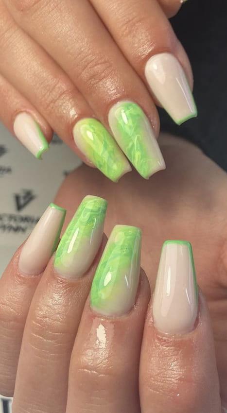 Forest green summer nails design ideas