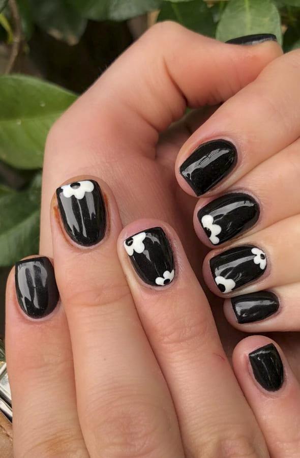 Black acrylic nails Designs