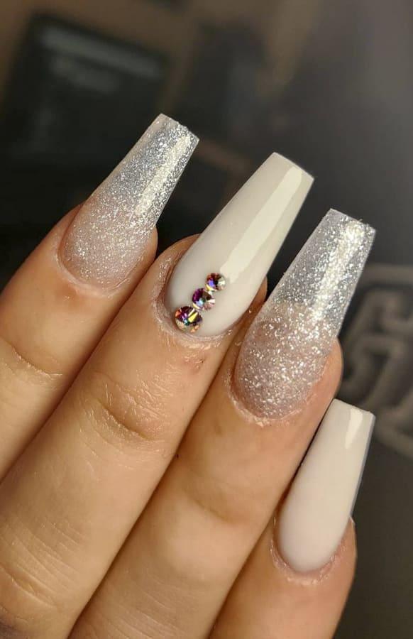 White acrylic nails Designs