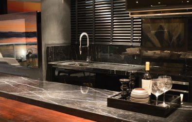 black-kitchen-design-and-decoration-ideas-for-modern-home