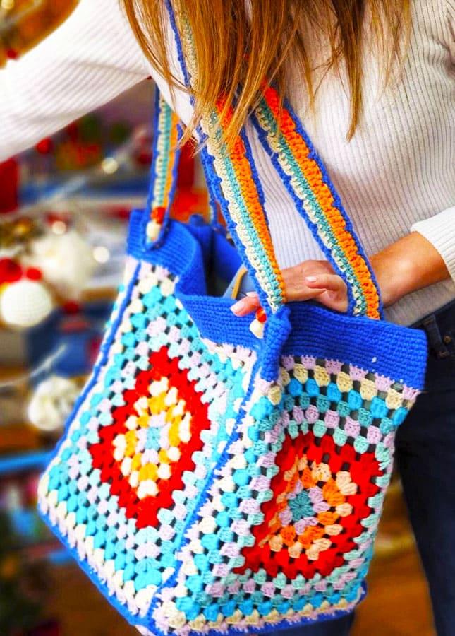 big granny square crochet bag (1)