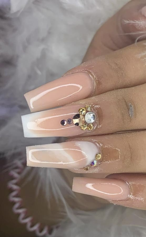 nude ombre nails (2)