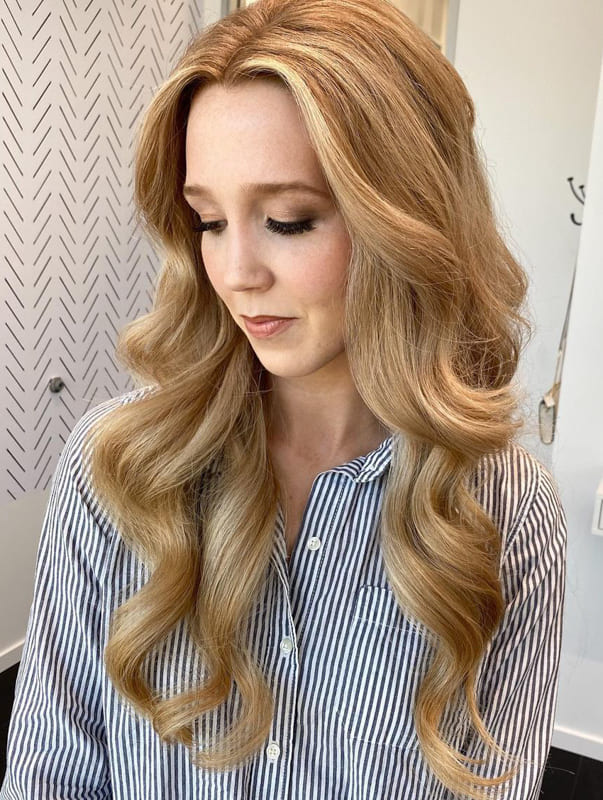 Long wavy blonde wedding hair