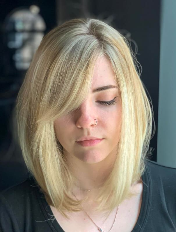 Natural blonde short bob hair